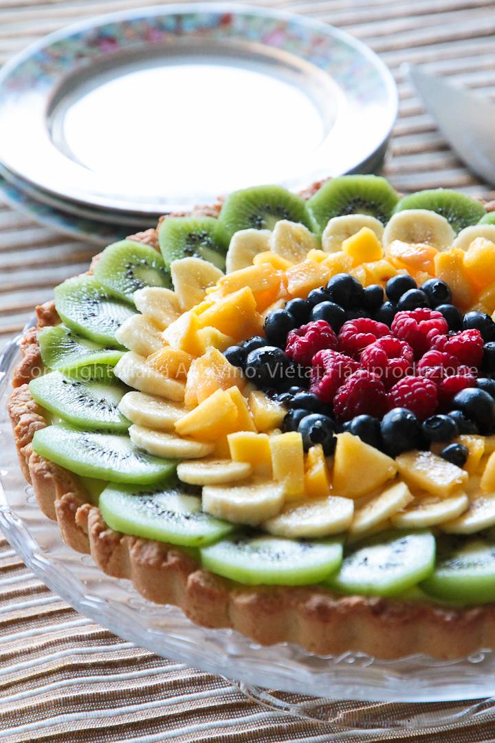http://dolcelavita-mysweetart.blogspot.it/2011/09/crostata-di-frutta-arcobaleno.html