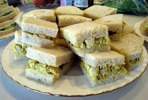 Homemaking Honeys: Coronation Chicken Sandwich FIller