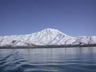 Danau Van di Turki tempat monster Van Golu
