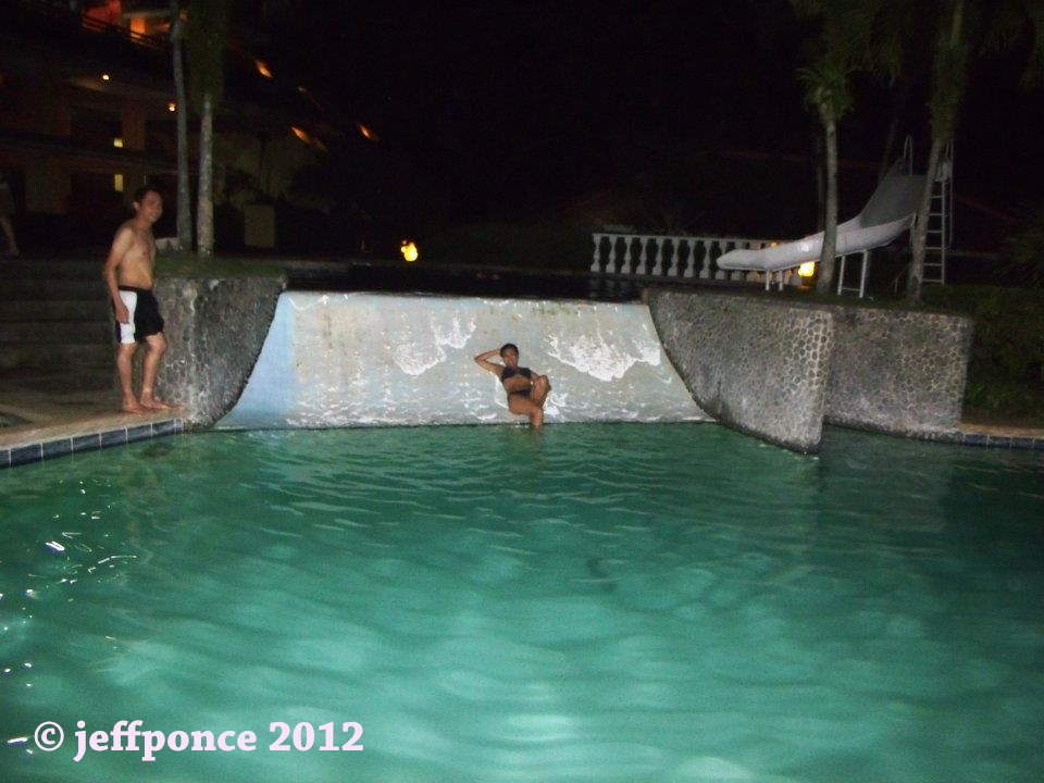 Bisayang Manlalakbay Around The Philippines Swimming Pool Area At Leyte Park Resort