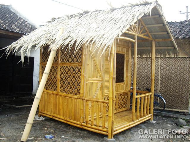 Rumah Bambu Mini