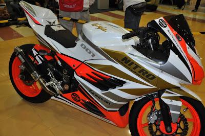 Kawasaki Ninja 250 airbrush modifikasi