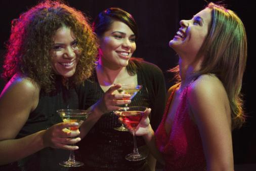 Las mujeres que toman alcohol son más inteligentes