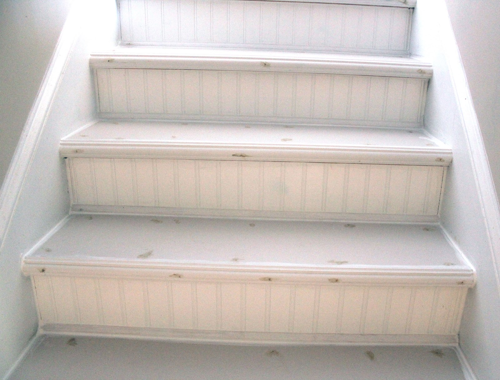 My EnRoute Life Ugly Basement Stairs Update - Finish basement stairs