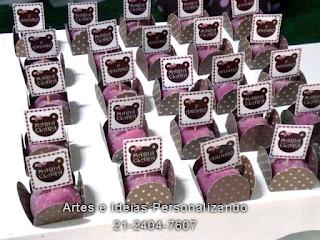 cup cakes e toppers personalizado ursa marrom e rosa
