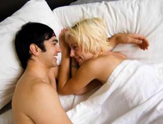 Sering Melakukan Hubungan Seks Apa Mempercepat Kehamilan.??