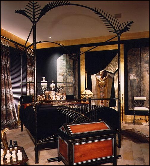 Egyptian themed room - decorating Egyptian style bedrooms