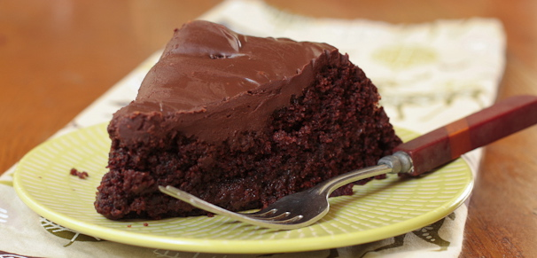 Meat Zone Recipes: Vegan Chocolate Cake with Dark Chocolate Frosting ...