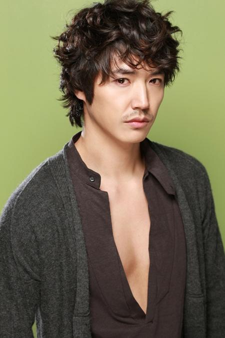 Yoon Sang Hyun | Asian actress and celebrity
