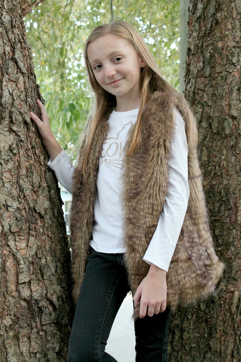 Girls Size L 12 White Faux Fur Fashion Vest Beautees See more like this. NWOT Jona Michelle Girls' Faux Fur Vest - XL-Pink. Size:XL · Vest. $ Buy It Now. Free Shipping. SPONSORED. Kids Girls Faux Fur Furry Vest Sleeveless Coat Slim Jacket Long Parkas Sz. Brand New · .