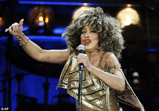 Tina Turner renounces her U.S. citizenship