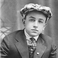 Foto de Walt Disney ainda jovem