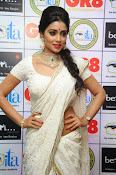 Shriya Saran latest pics at Gr8 Women Awards-thumbnail-12