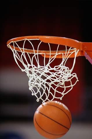 Boys Basketball Team Wins Holiday Tournament