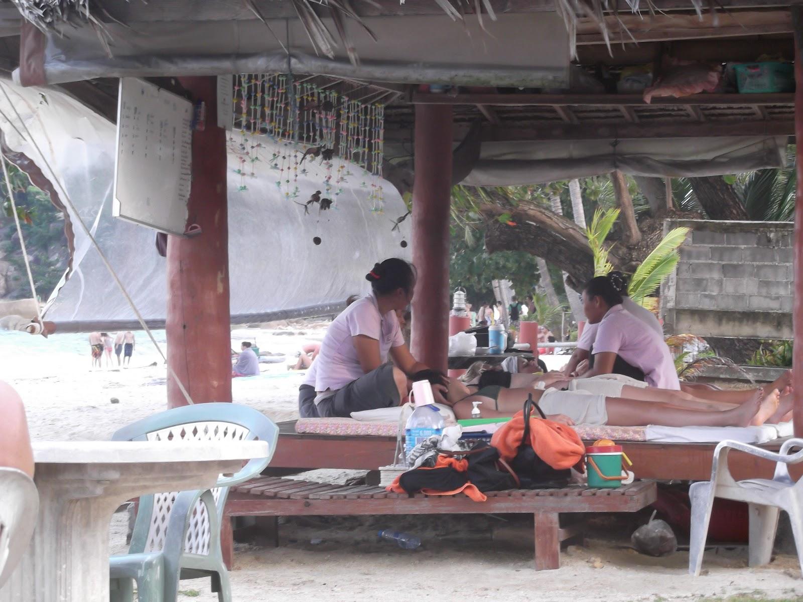 Thai massage hobro store bryster på stranden