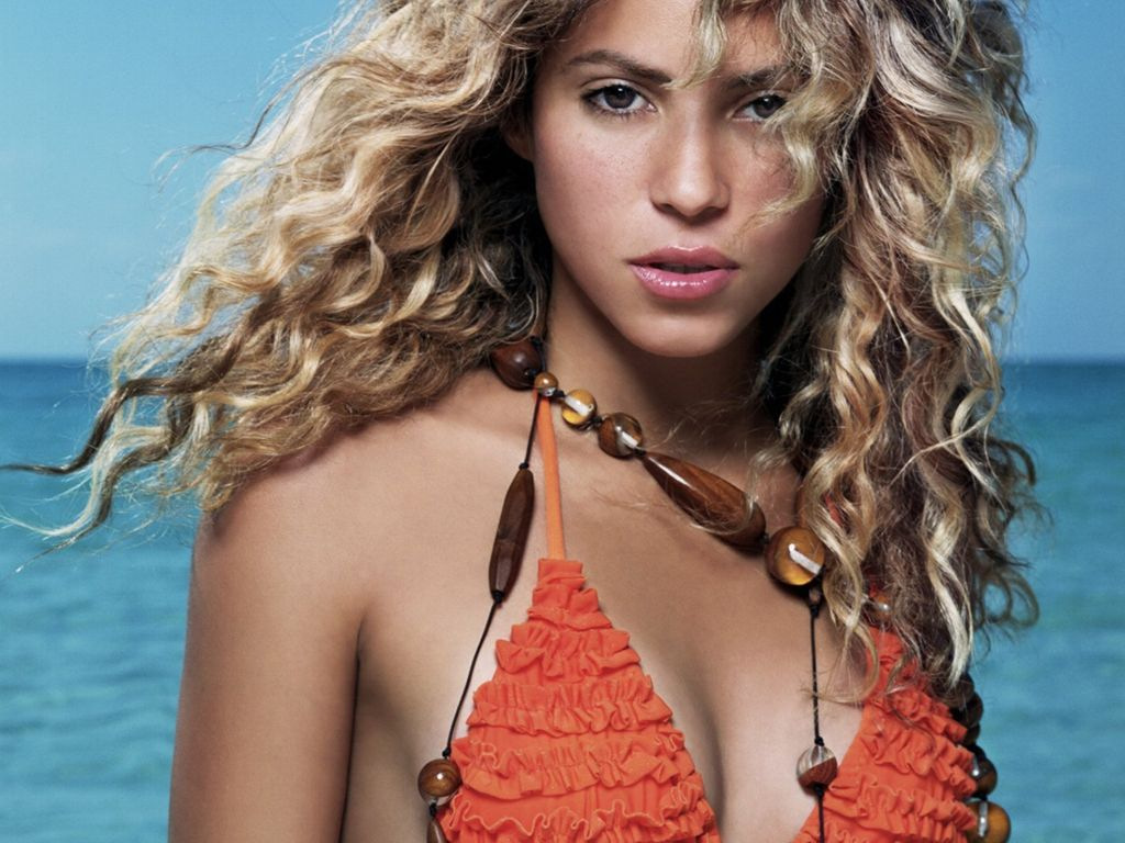 Think, Shakira hot bikini