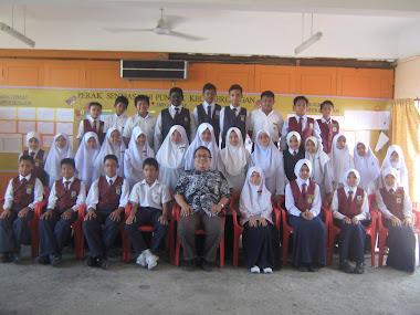 my LoveLy cLassMaTes 2011 !~