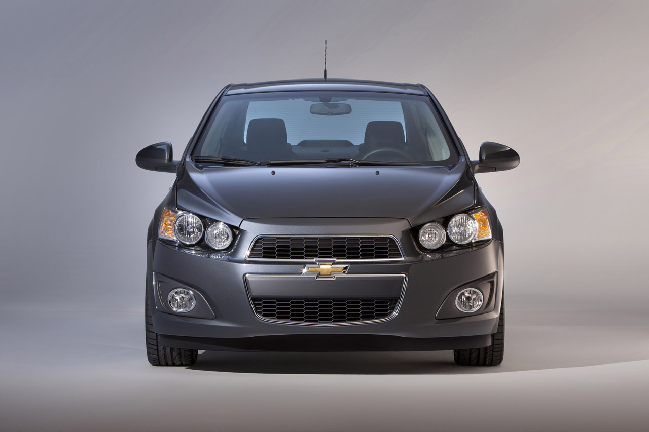 New Chevrolet Sonic Sedan : Car Review 2012 and Pictures
