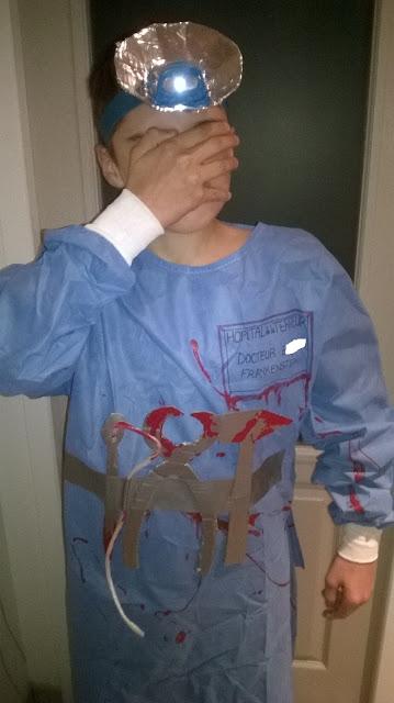 costume Halloween fait main frankenstein docteur fou fait maison monstre déguisement