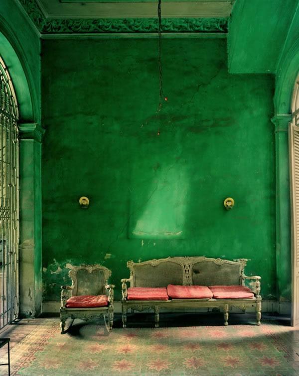 pleasant living emerald green