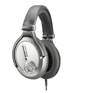 Flipkart: Buy Sennheiser PXC 450 Headphones at Rs. 15999