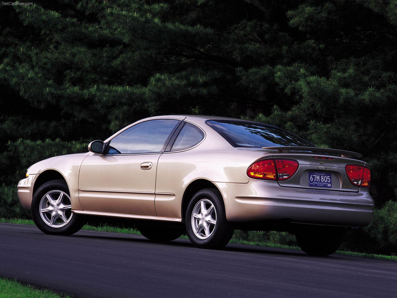 Hình ảnh xe ô tô Oldsmobile Alero 2001 & nội ngoại thất