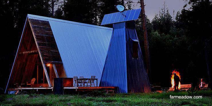 Cabaña A-frame con techos de chapa metálica en Estados Unidos