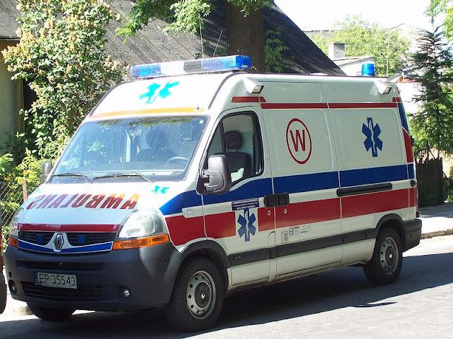 Gambar Mobil Ambulance 08