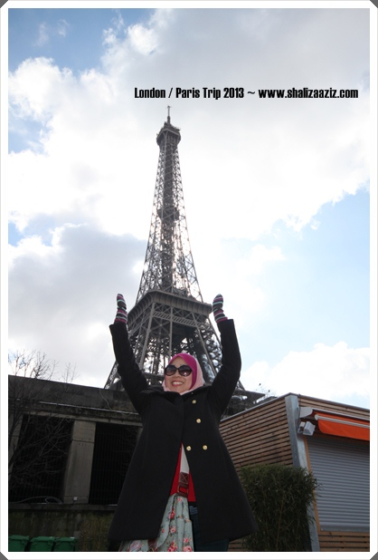Shaliza Aziz with Eiffel Tower