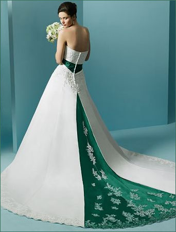 Fashion Club: Colored Wedding Dresses