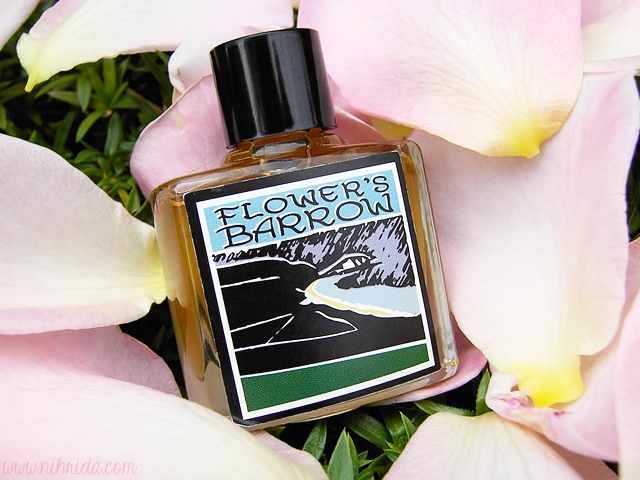 LUSH Gorilla Perfume in Flower's Barrow