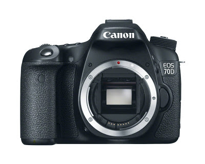 Canon EOS 70D body front view