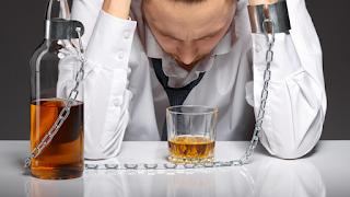 O que alcoolismo difere do abuso de álcool?