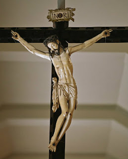 crucifixo em marfim