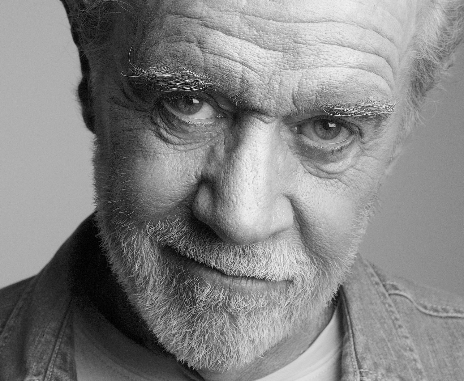 25 Quotes By George Carlin That Are Both Sarcastic And Philosophical