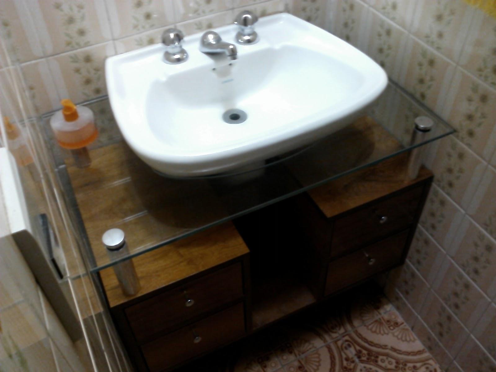 armário p/ lavabo com tampo de vidro #604B30 1600 1200