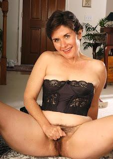 Teen Nude Girl - rs-02-714036.jpg
