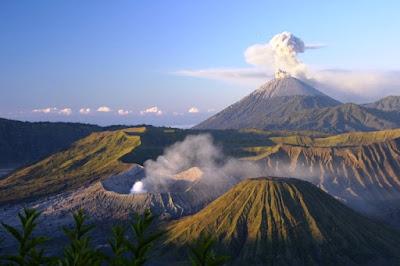 7 Tempat Wisata Alam Indonesia yang Mendunia