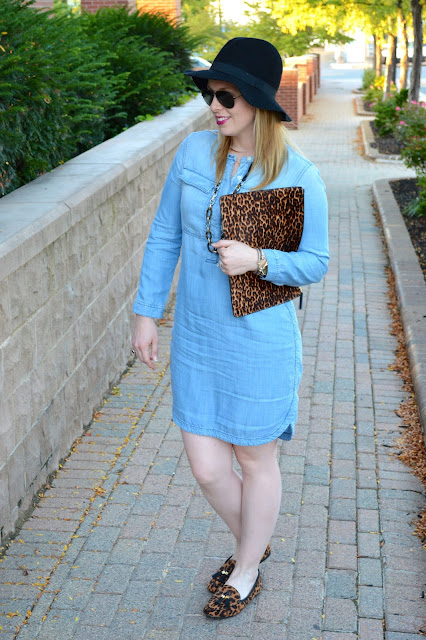 chambray-dress-leopard-accessories
