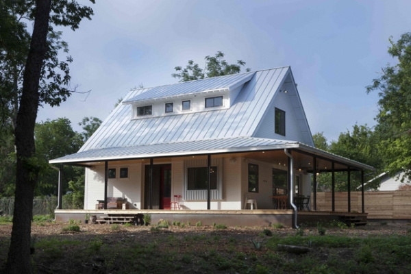 Tin roof farmhouse project inspiration this is the dream for Industrial farmhouse exterior
