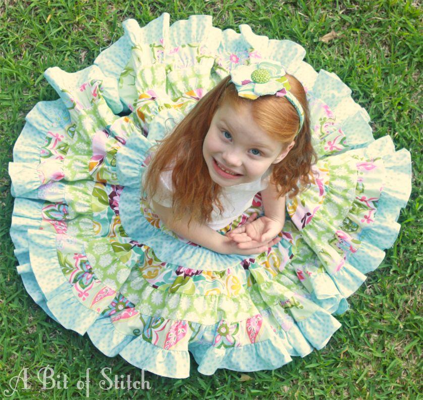 Stitch Bits: Carnation Skirt - a serger project!