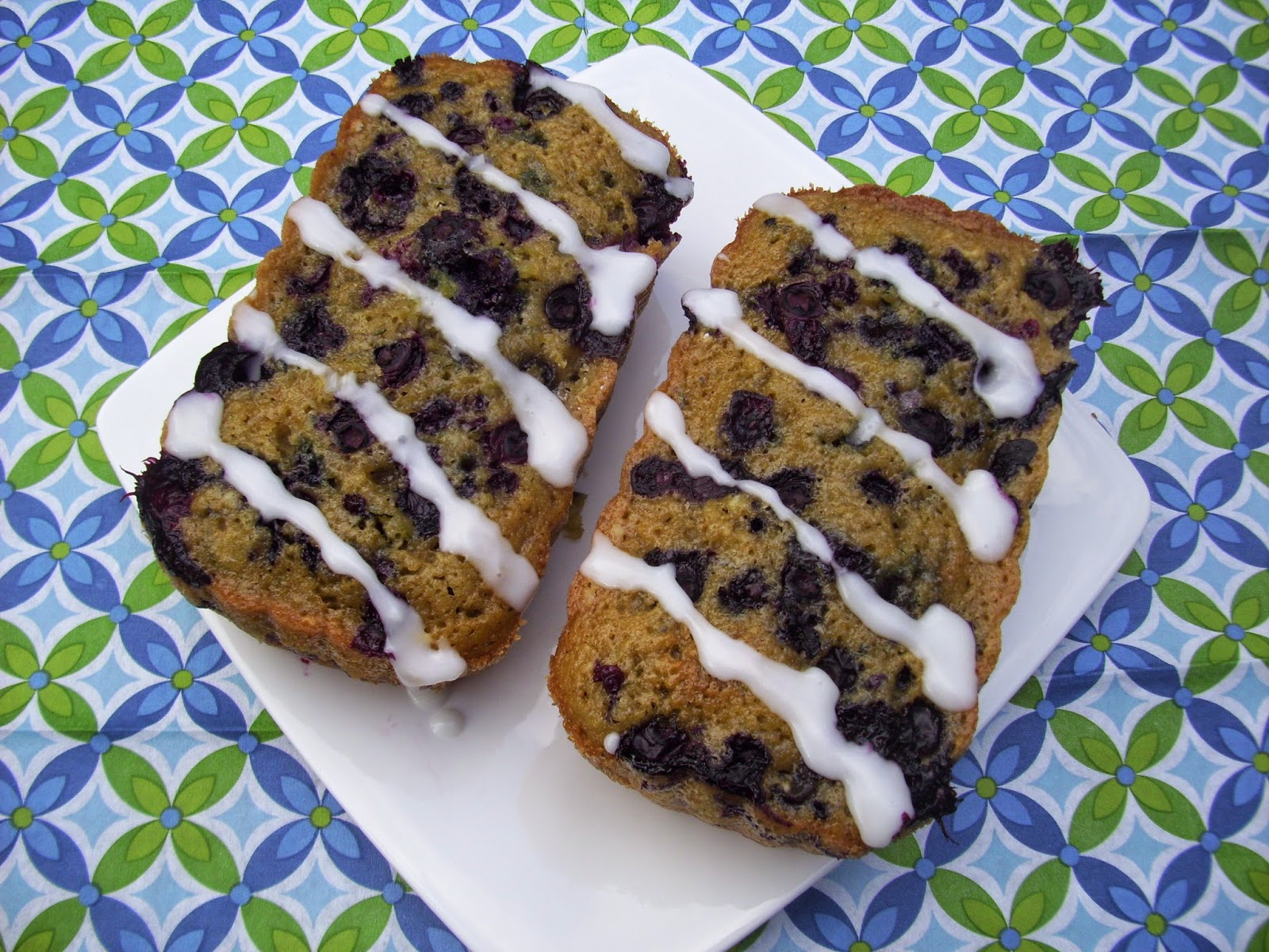 Mini blueberry zucchini loaves with almond glaze - Cook and Post