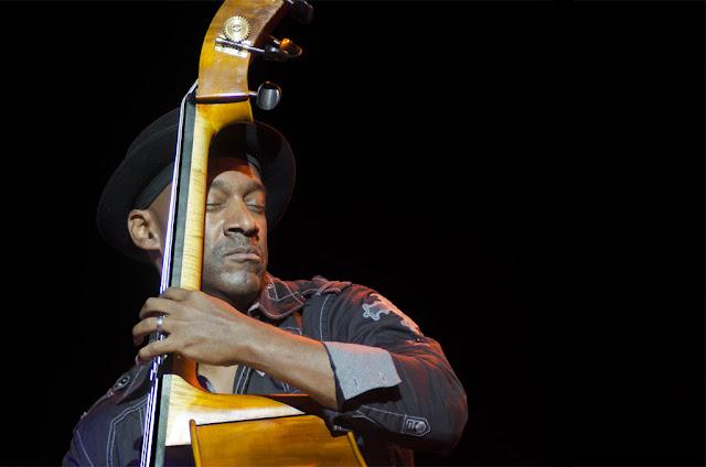 Marcus Miller - Festival de Jazz de Vitoria - Polideportivo de Mendizorrotza (Vitoria) - 16/7/2011