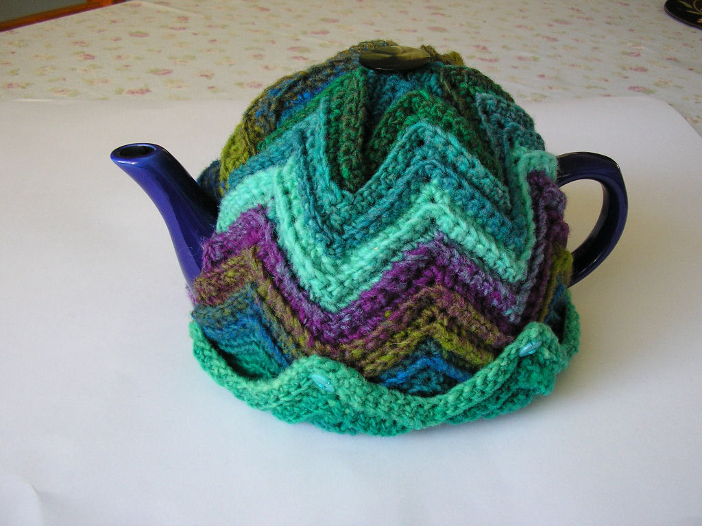 Justjen-knits&stitches: Justjen\'s Easy Ripple Tea Cosy
