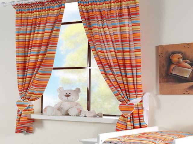 rideaux chambre de b b b b et d coration chambre. Black Bedroom Furniture Sets. Home Design Ideas