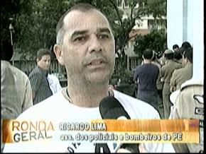 Entrevista do Sgt. Ricardo na frente da ALEPE