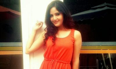 Nepali Hot Actress Barsha Siwakoti