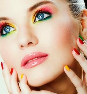 Maquillaje de colores para cumpleaños