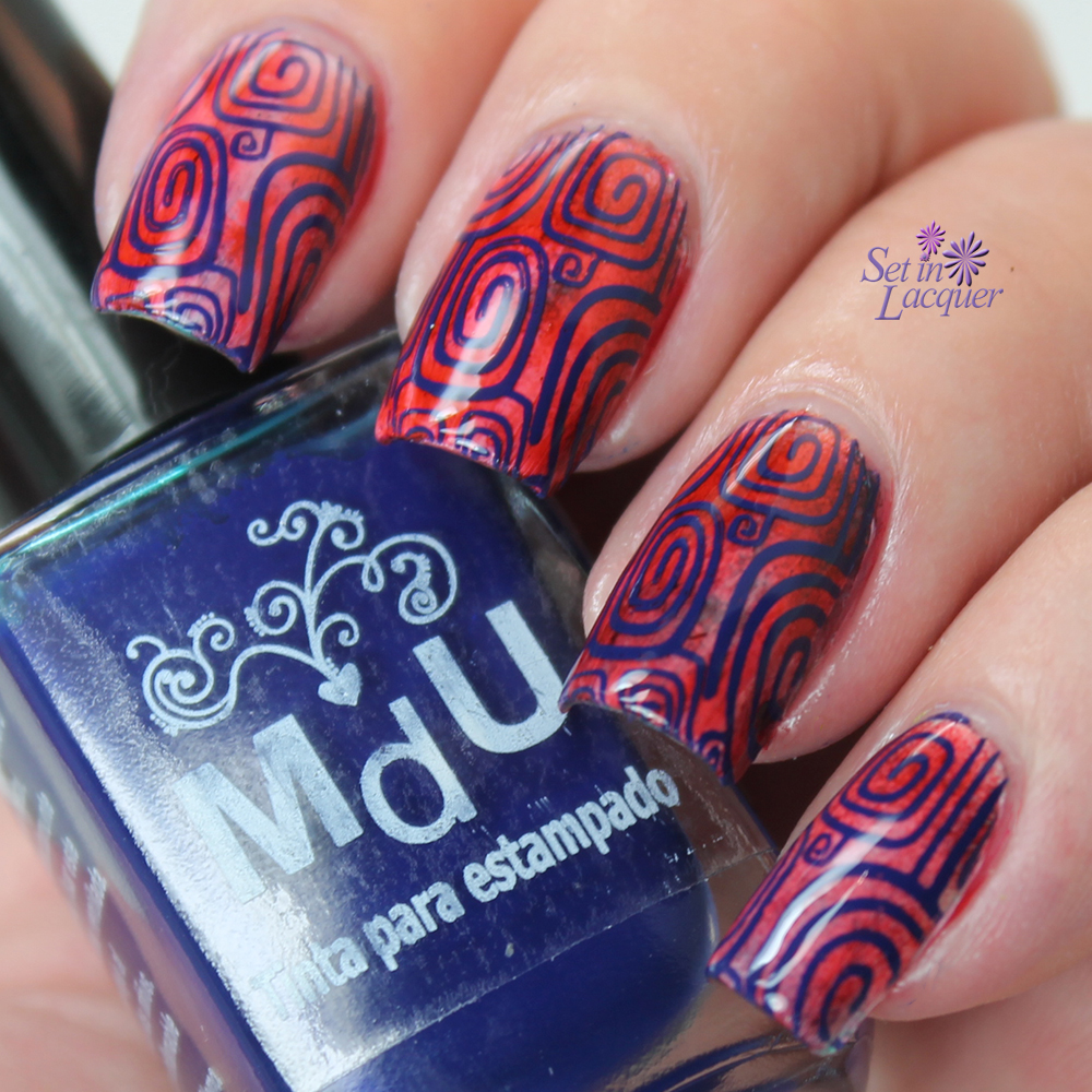 Stamped nail art using Mundo de Unas polishes and BundleMonster image plates.