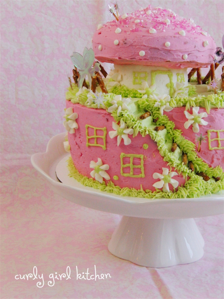 Curly Girl Kitchen A Fairy Cake For Brynns Fairy Birthday Party